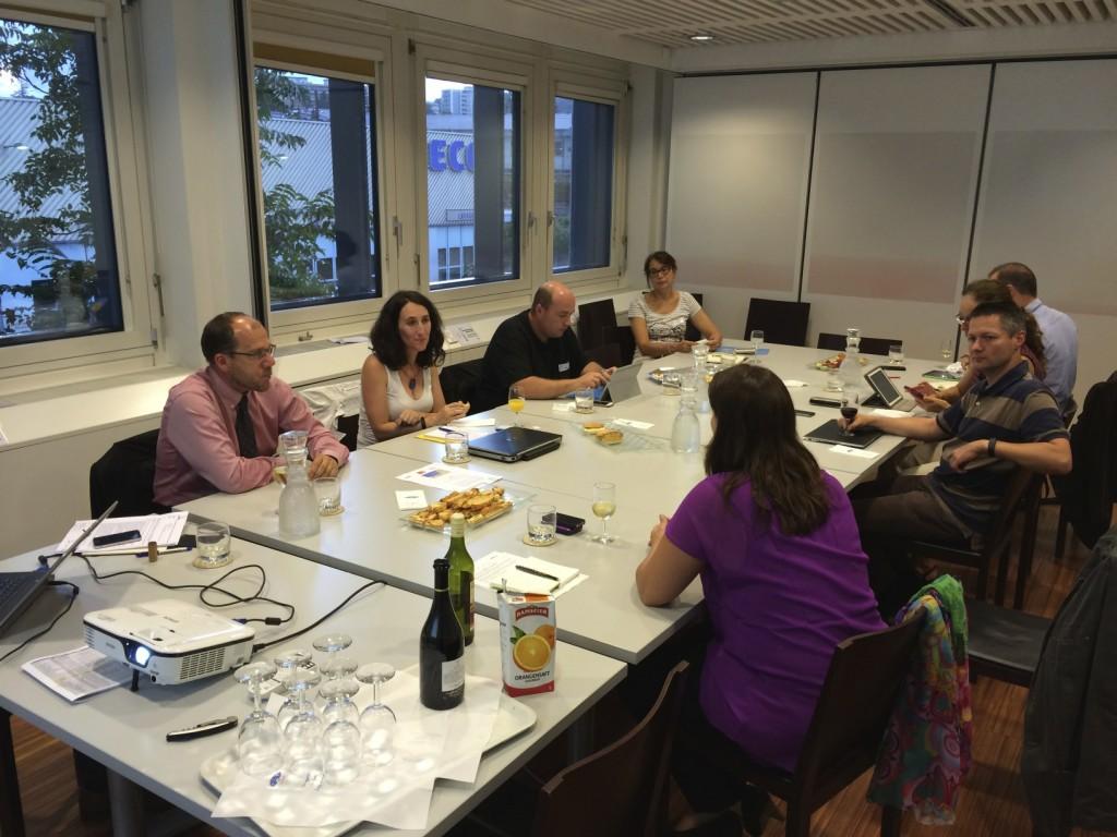La brochette de blogueurs présents et les collaborateurs de Romande Energie